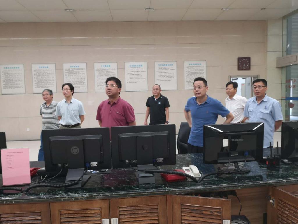 公司总裁刘志刚一行调研水电产业及督查汛期安全生产工作